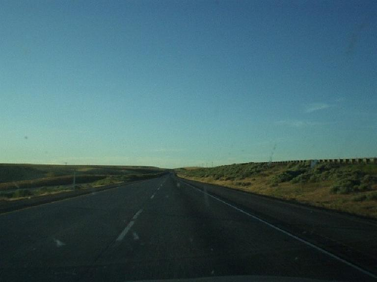 [Near Kinnewick, WA] Northeastern Oregon and southeastern WA seemed less impressive, with dry lands and almost nothing out there.  Superficially, the booming town of Kinnewick seemed like a pretty sad place. (June 26, 2003)