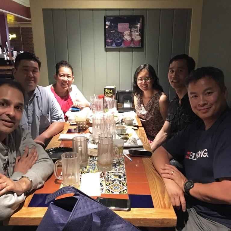 Dinner with old friends from high school: Jay, Mike, Trang, Esther, Felix, and Ken.