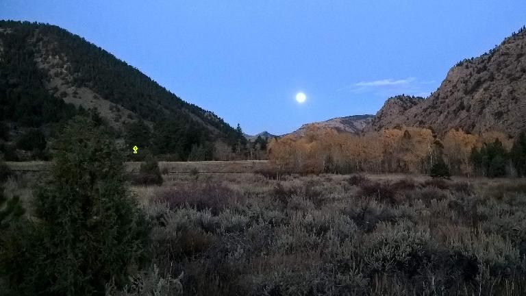 Moon setting over the 2016 Cache La Poudre Marathon.