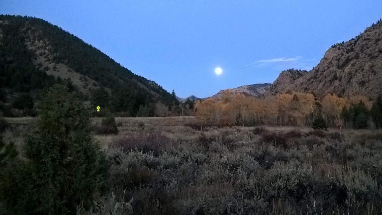 Moon setting over the 2016 Cache La Poudre Marathon.