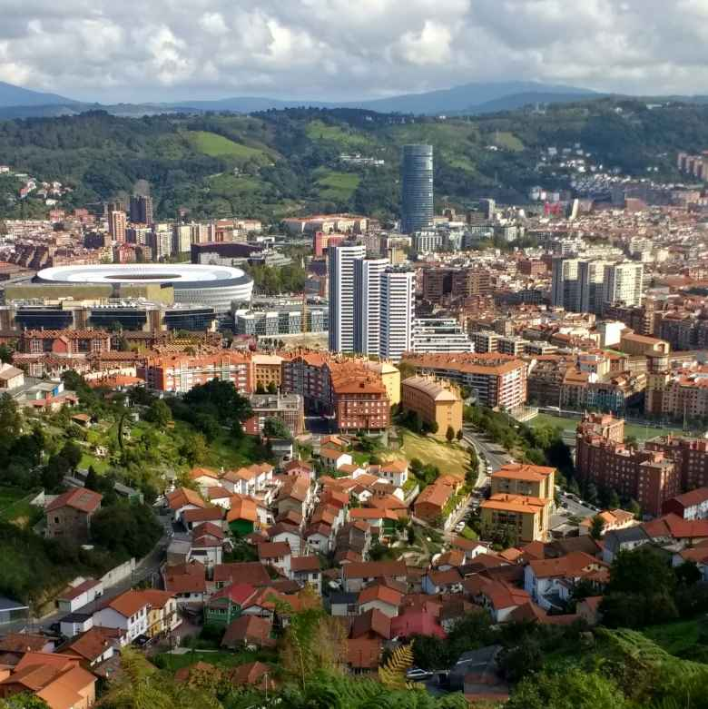 The view of Bilbao from the western side.