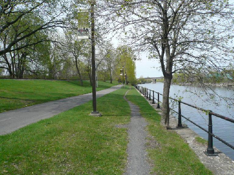Four days later, I went for a long run on the same trail and went to its terminus in Lachine.  On the left is a trail for bicycles and in the middle is a gravel trail for joggers like me.
