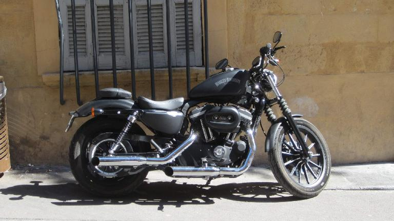 A beautiful Harley-Davidson in Aix-en-Provence.
