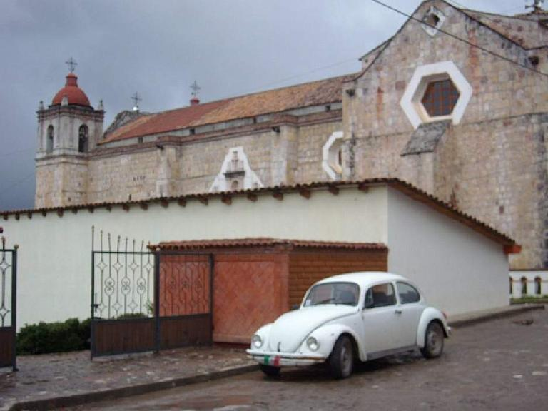 A VW Beetle at a church in Capulalpan de M?ndez. (December 21, 2009)