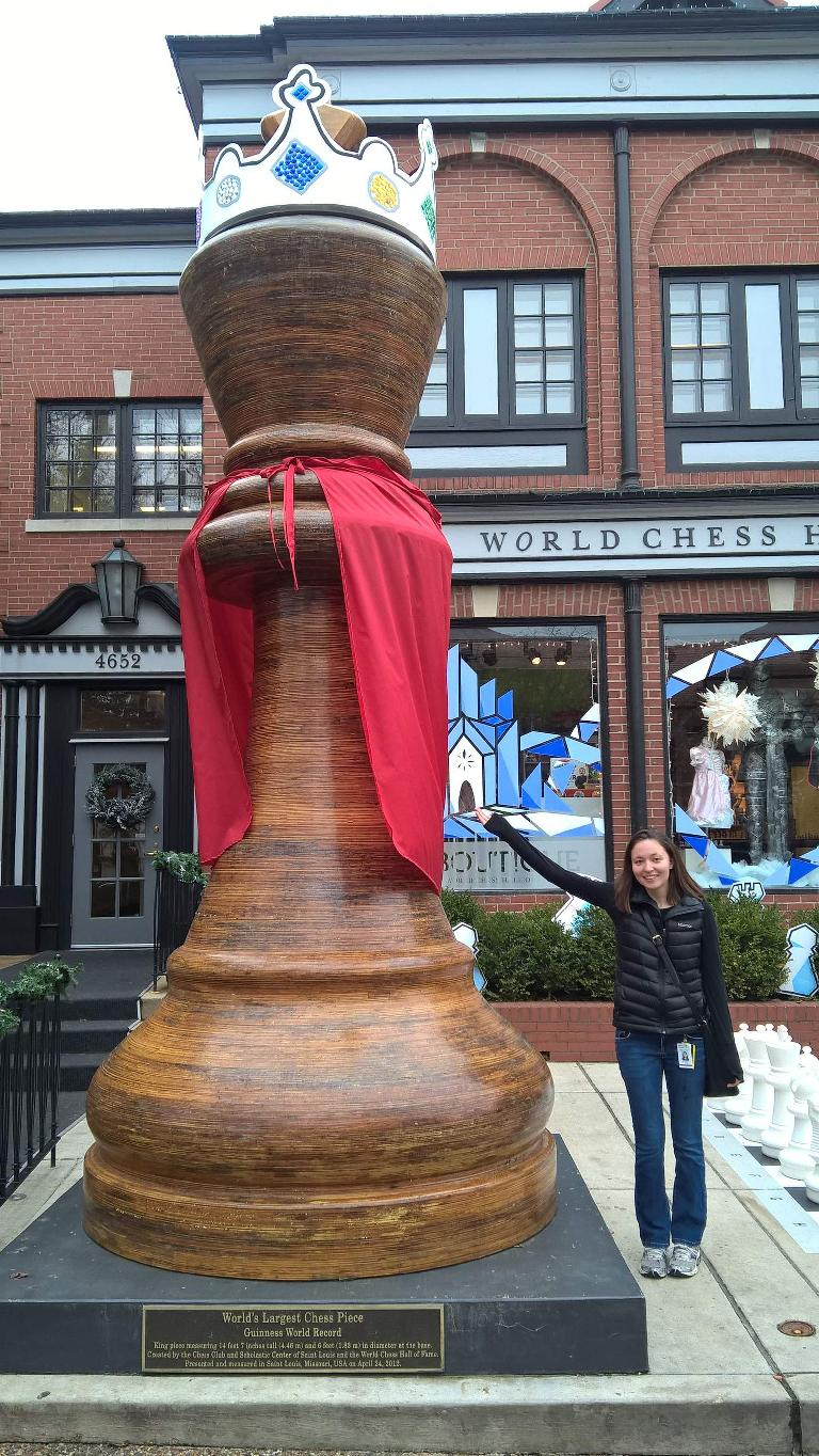 giant chess piece, holiday decorations, World Chess Hall of Fame