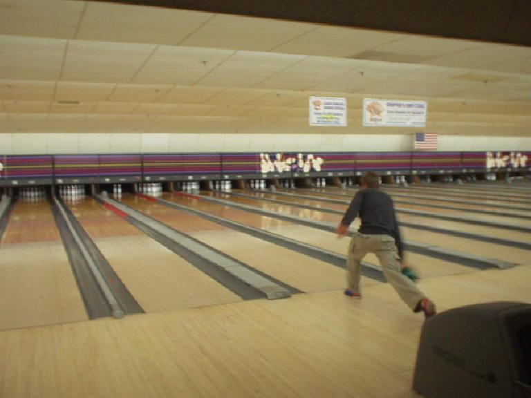 My night-before-the-race warm-up was bowling with some friends.  Here's Mike... (May 6, 2006)