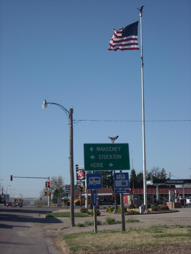 Sign pointing the way towards Stockton -- presumably a nicer one than the one I grew up in. (April 24, 2009)