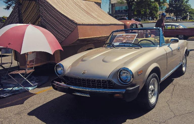 Gary's 1980 Fiat Spider (built in 1981)---#500 of 1000 Aanniversary Editions made.
