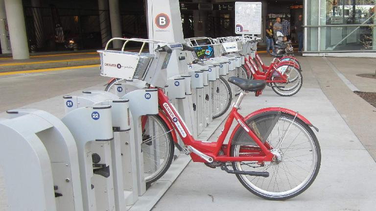 Denver B-Cycle, red city share bicycle