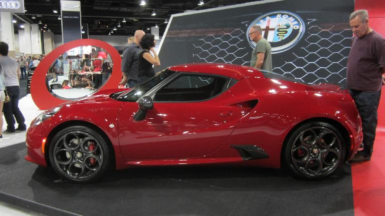 red 2016 Alfa Romeo 4c
