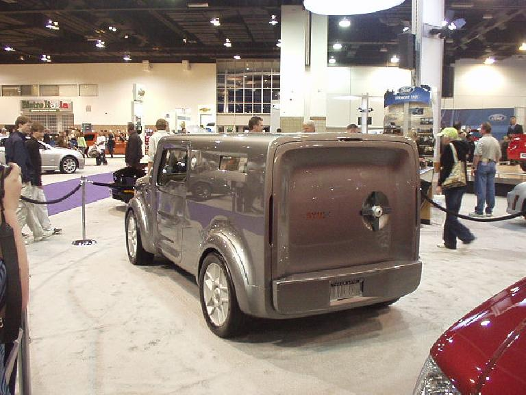 Even uglier: the Ford SYN US concept, inspired by bullet-proof bank trucks.