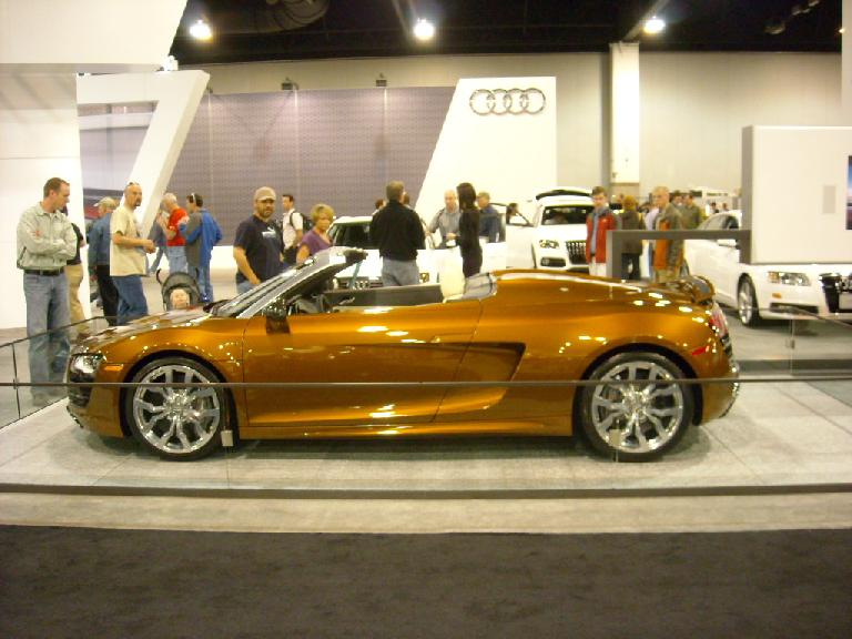 An Audi R8 convertible, the younger sister of my TT Roadster.