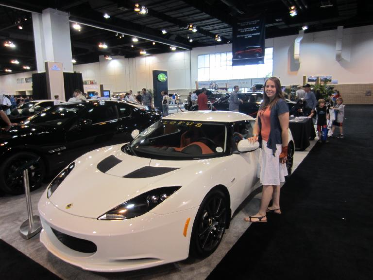 Kelly models with a Lotus Evora.