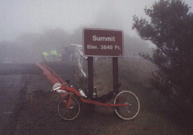 red Reynolds Wishbone recumbent, top of Mt. Diablo, summit 3849 feet, 2000 Devil Mountain Double Century
