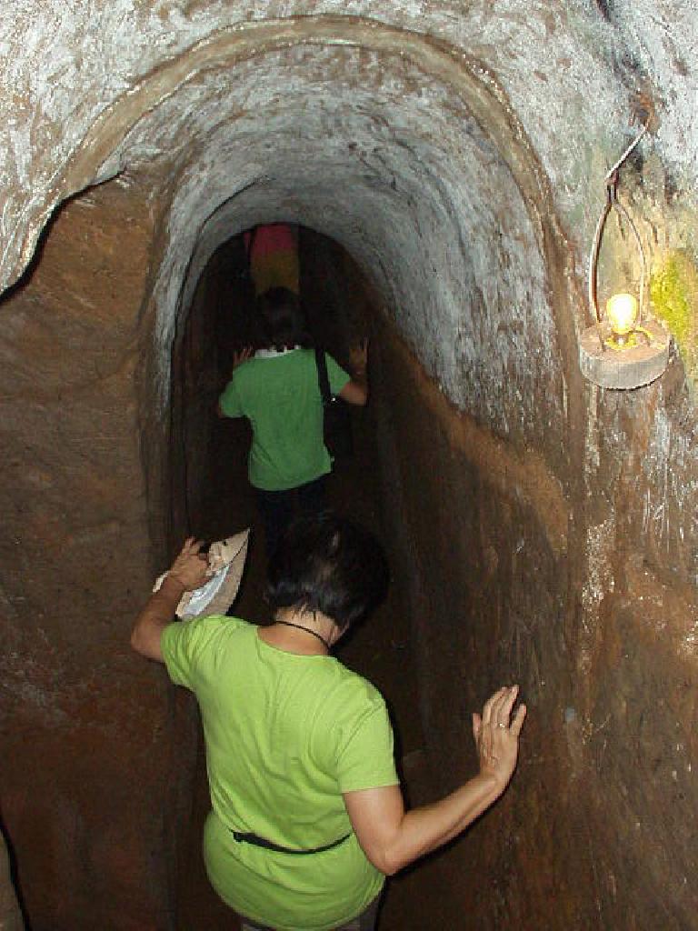 Inside the Vihn Moc tunnels.