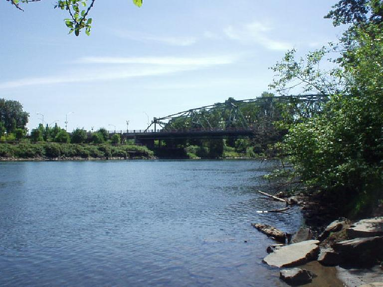 Some of the many running trails included ones by the Willamette River.