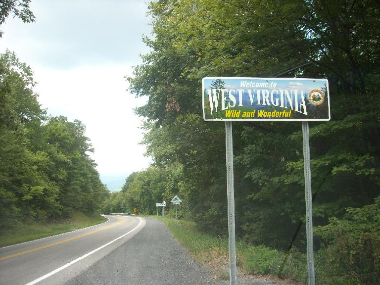 Now in West Virginia.  Traveling over the Appalachians was a little slow going due to having to drive on twisty two-lane roads, but was scenic. (August 16, 2011)