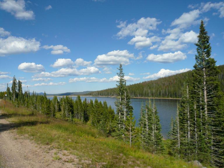 [Mile 130, 4:11p] Joe Wright Lake.