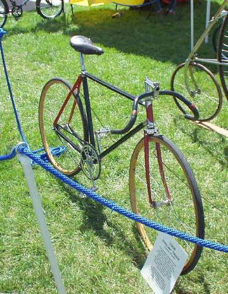 A vintage (~1918) track bike.