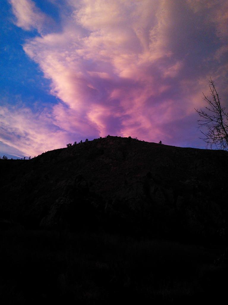 Pretty clouds. (November 21, 2012)