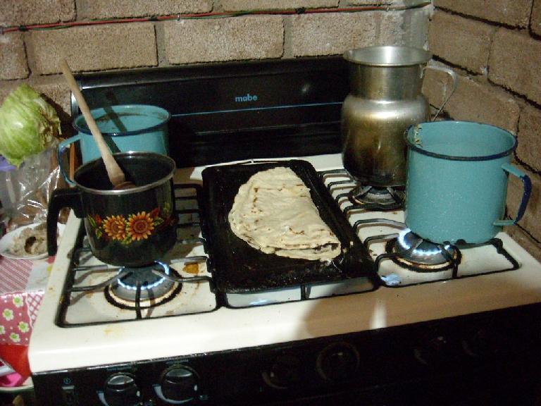The making of tlayudas in San Miguel Amatl (December 21, 2009)
