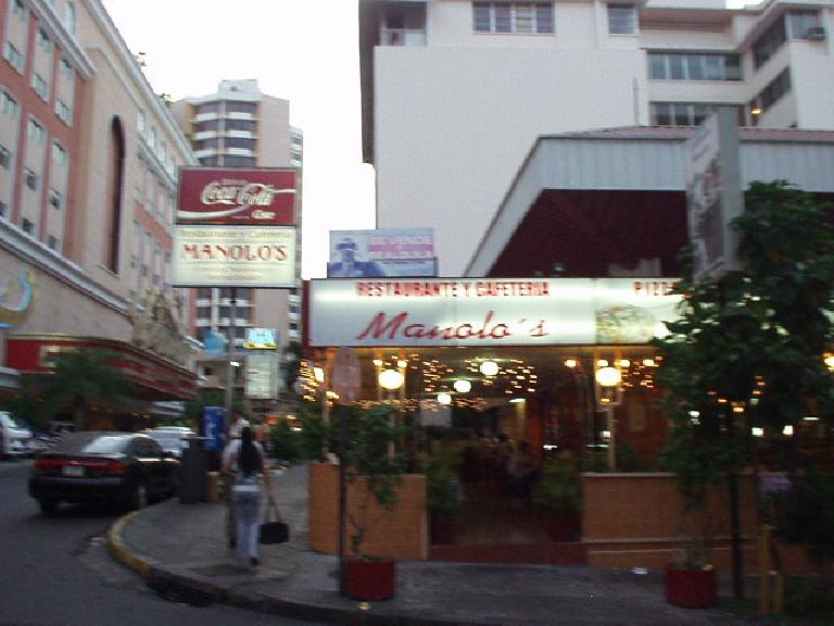 My favorite restaurant in Panama City was Cafeteria Manolo's, shown here. (March 11, 2007)