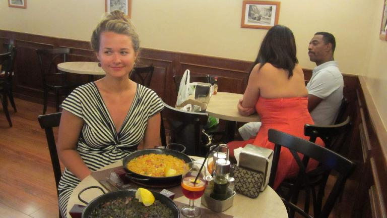 Katia and delicious paella dishes.
