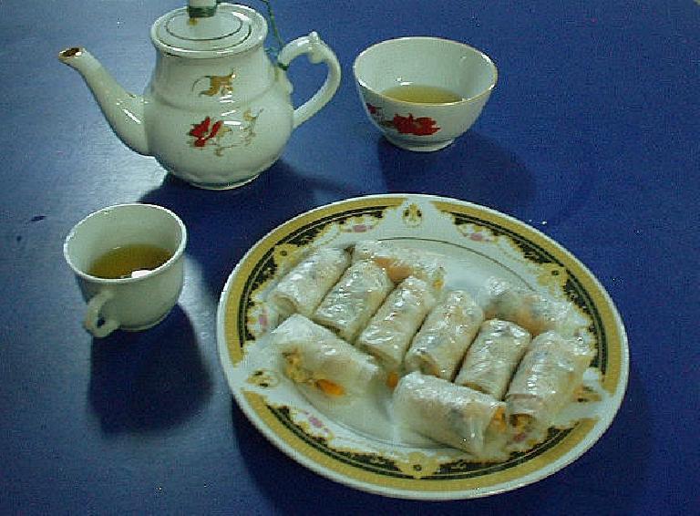Steamed vegetarian rolls in Hue. (July 8, 2006)