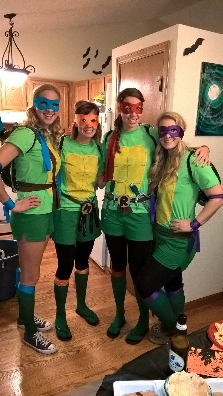 Halloween, Teenage Mutant Ninja Turtles, tall blond women