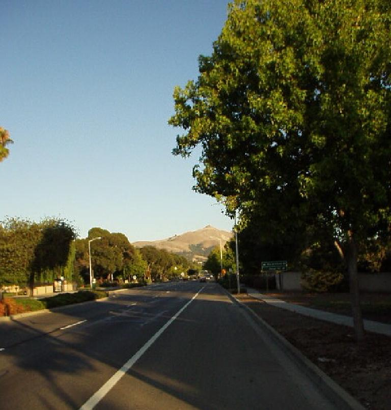 [Aug. 2002] An icon of Fremont: Mission Peak, from Mission Blvd. (August 20, 2002)