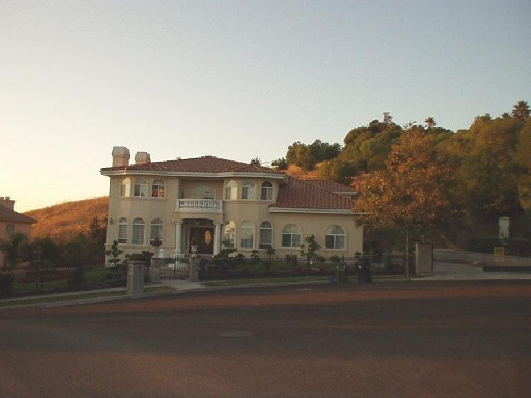 [Aug. 2002] An example of the prominent homes in the Mission hills. (August 20, 2002)