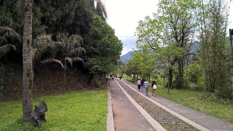 Walking towards the Fujian Linyin Stone Forest.