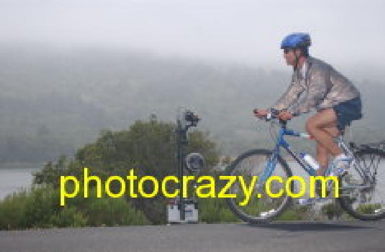 "[Mile 7, 8:10am] Felix Wong on his 33-lb. beater bike.  ""Can't... keep... up..."" Photo: photocrazy.com."