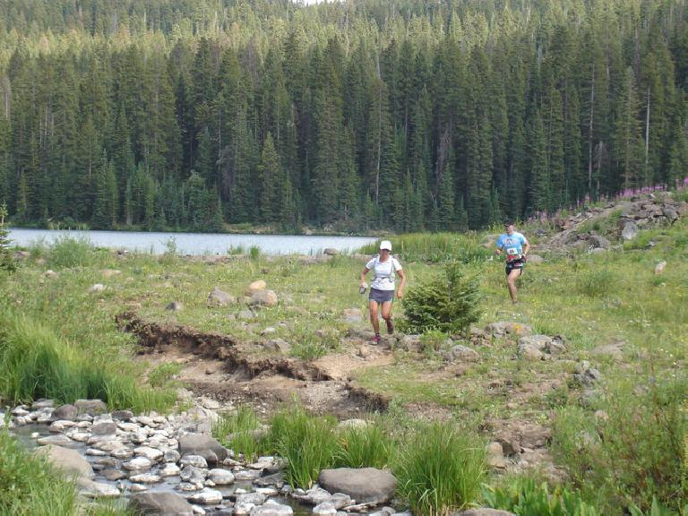 I ran with Caroline from Miles 37-42 until the Carson Lake aid station. Photo: Ning.