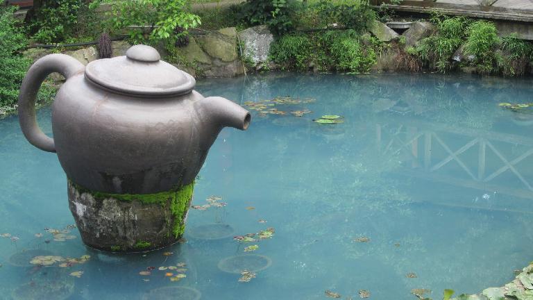 Giant tea pot outside a Longjing tea plantation. (May 23, 2014)