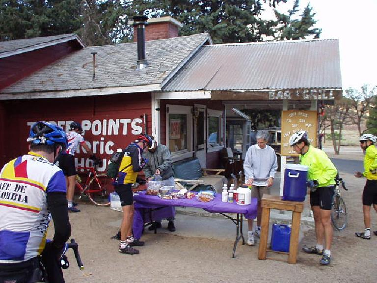 Mile 30, 8:21 a.m.: Checkpoint #1, at the historic Three Points Bar & Grill.