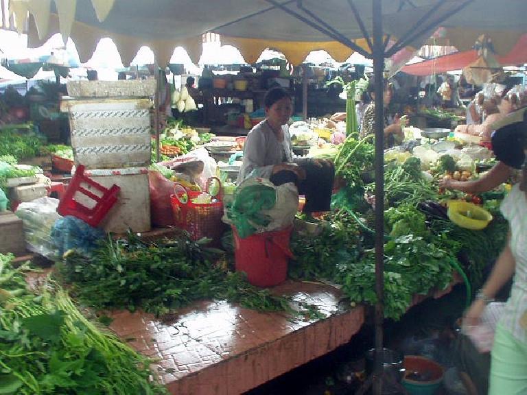 Farmers market in District 1.