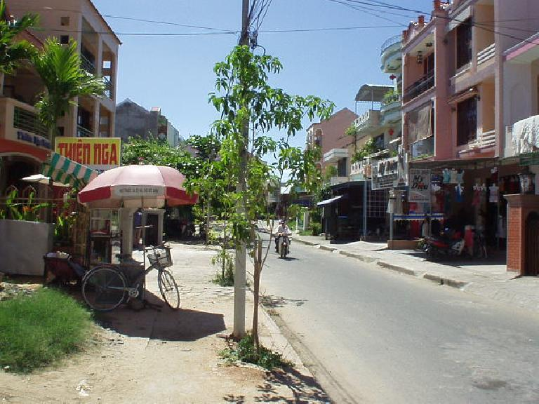 Hoi An has a nice and relaxed small town feel.