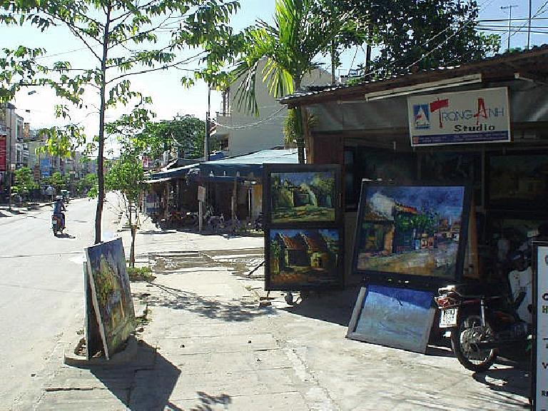 There were also a few artists studios in Hoi An.