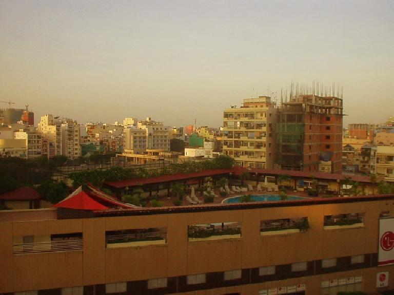 The view of the roof pool at the New World Hotel across the street from my Hai Long I hotel room. (July 6, 2006)