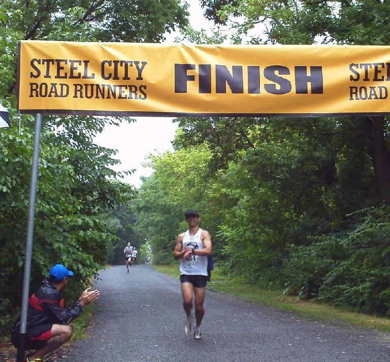 Felix Wong completing the 5k race in 18:58. Photo: Steel City Road Runners.