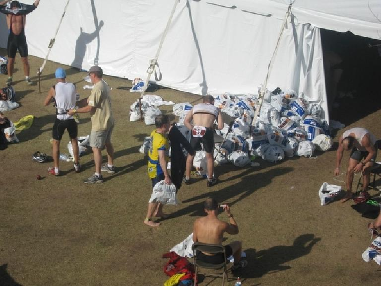 Phil about to enter the change tent Photo: Stacey and Laura Cortez.