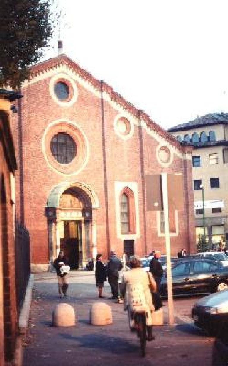 Santa Maria Della Grazie in Milan. (October 28, 1999)