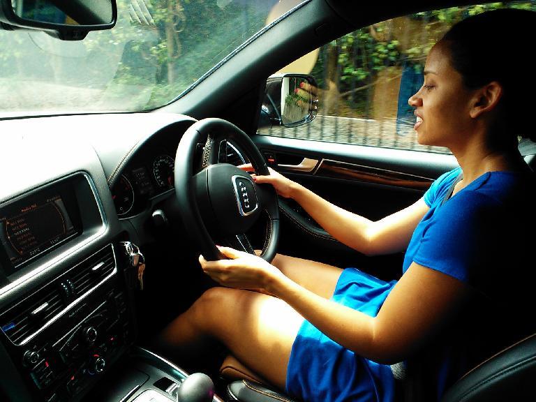 Leanne driving us through Kingston in her mom's Audi Q5. (February 15, 2013)