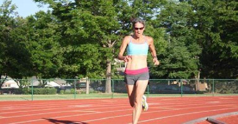 Jane running around the Jack Christiansen Track at Colorado State University, probably in 2013 or earlier. Photo: Doug Mason.