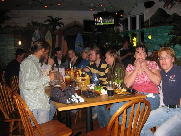 Big group at the Island Grill to 1) celebrate Dana's birthday and 2) sing karaoke!