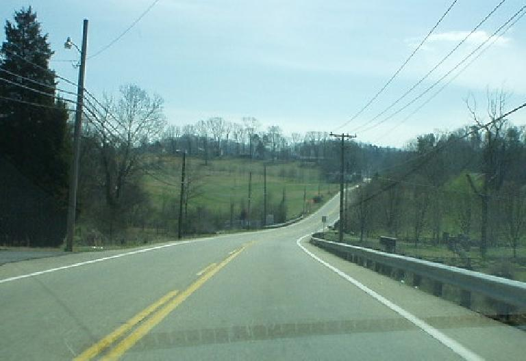 On the south side of the Tennessee River and down Highway 441 towards Maryville were verdant wooded rolling hills.