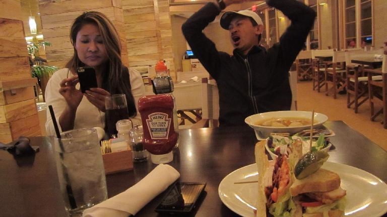 Enjoying a post-marathon dinner at the Beach Caf̩ inside the Tropicana Hotel.