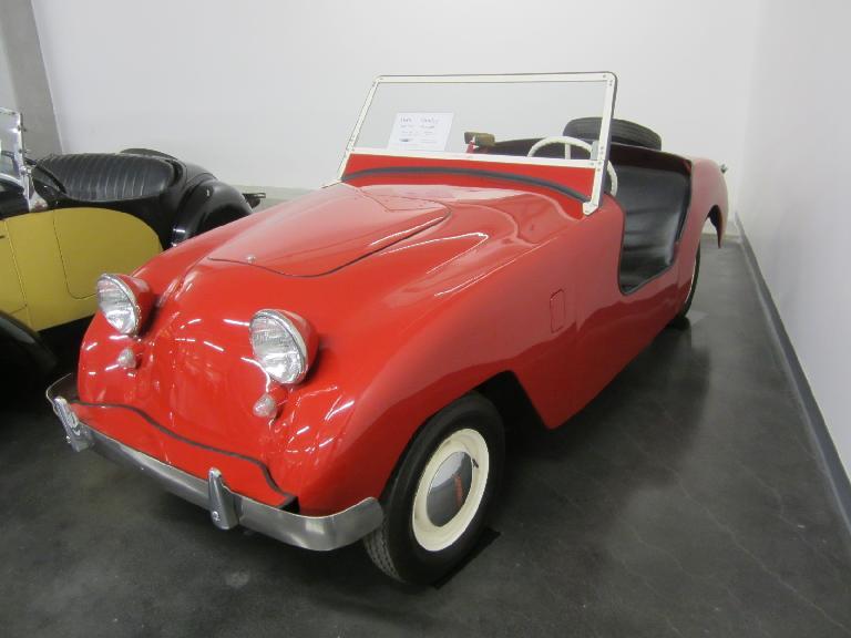 1949 Crosley Hot Shot Roadster.