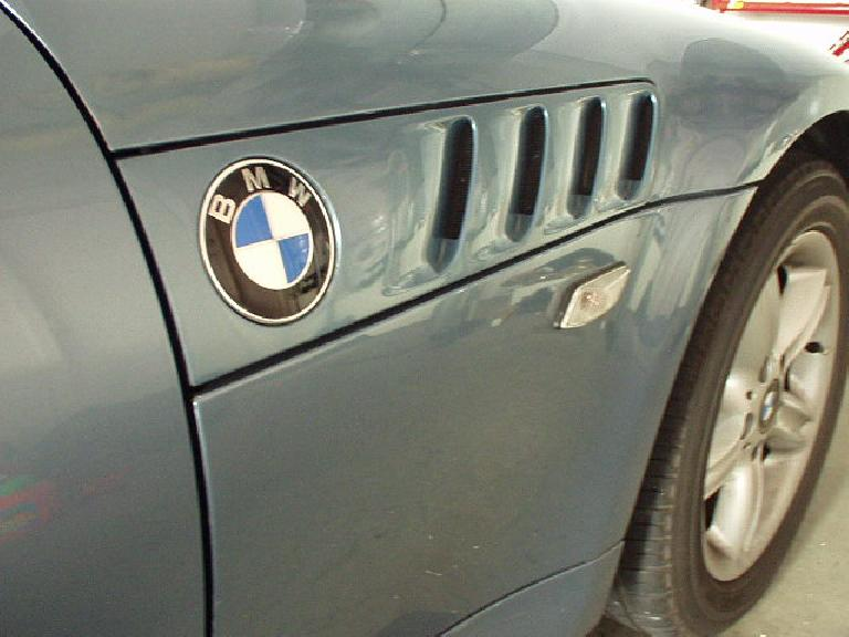 Detail of Lina's classic gills, reminiscent of the BMW 507s of the 1950s. (February 1, 2003)